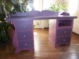 atelier idiartia meuble en carton. Black Bedroom Furniture Sets. Home Design Ideas